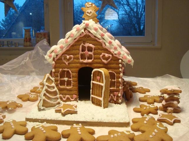 casinha de biscoito 011