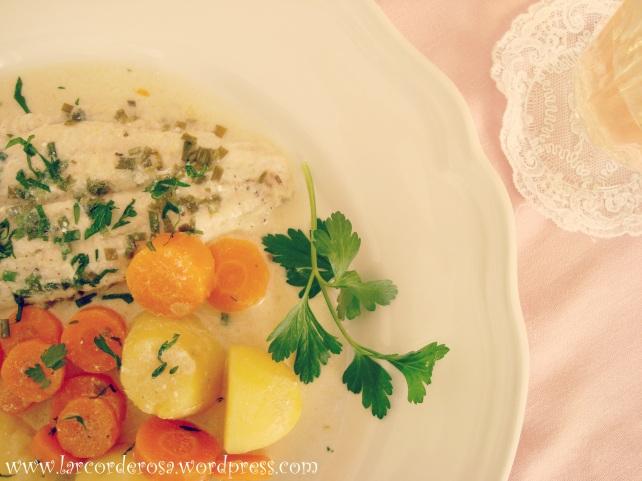 filé de peixe ao molho de verduras