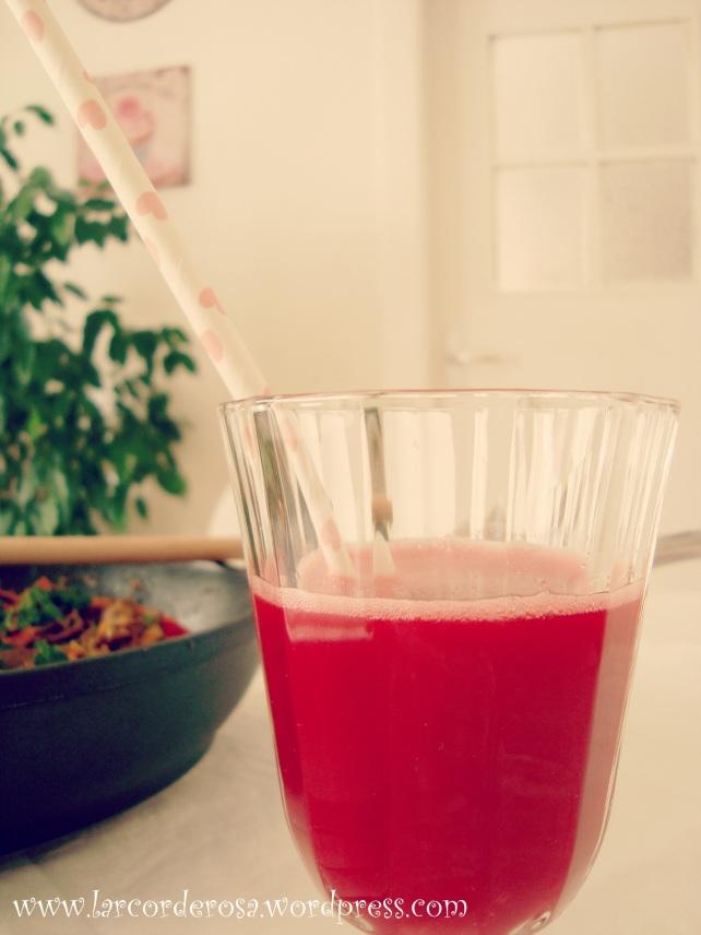 suco de beterraba e laranja