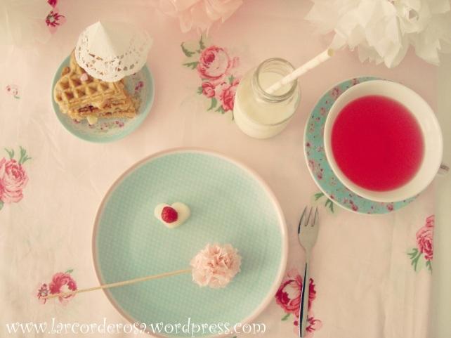 waffle integral e chá da tarde